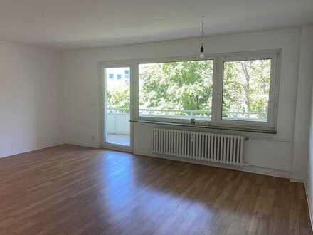 Schöne helle 3-Zimmerwohnung in Neu-Isenburg