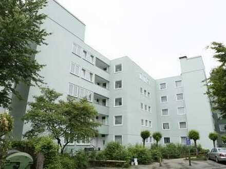 Helle 3,5 Zimmerwohnung mit Balkon!