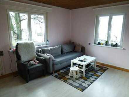 Großzügiges Wohnen in kleiner Einheit, 3-Zimmer-Wohnung in Asperg