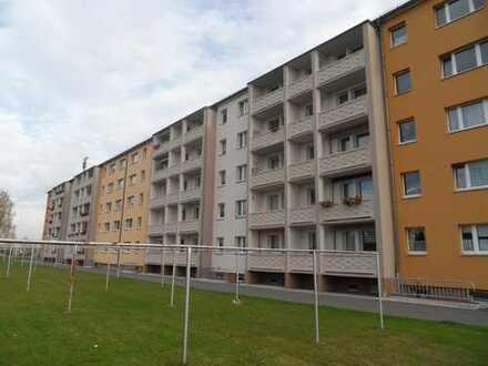 Schöne sanierte Vier-Raum-Wohnung in ruhiger Lage mit Balkon Chemnitz-Neukirchen zu vermieten