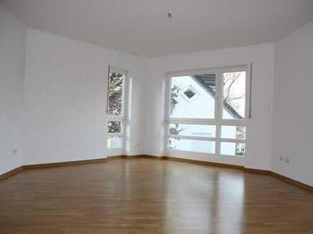 Lichtdurchflutete, großzügige 5-Zimmer-Wohnung mit Balkon in Top-Lage Wiesbaden-Sonnenberg
