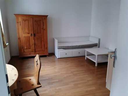 Sehr schöne, ruhige und vollständig möblierte 1 Zimmer Wohnung, nahe Südstadtpark-Glückstraße