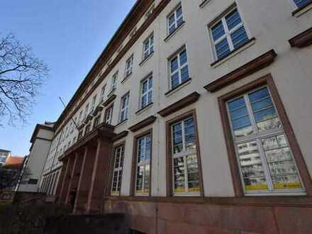 Büroetage in alterswürdigem Bürohaus unweit der Elbe