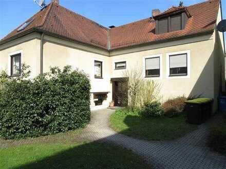 Gemütliche 1-Zimmer-Wohnung mit EBK in Hollfeld!