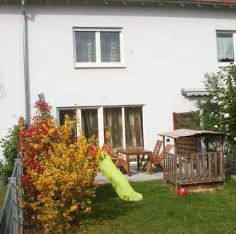 Helles und familienfreundliches Reihenmittelhaus in traumhaft ruhiger Lage im schönen Ladenburg