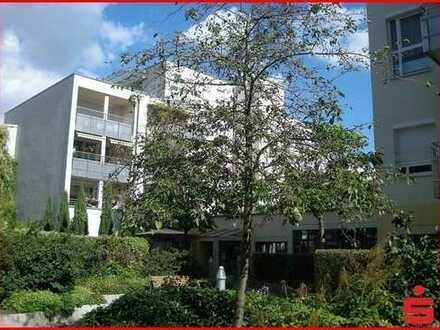 2-Zimmer-Seniorenwohnung mit Terrasse im repräsentativen Lilienpalais