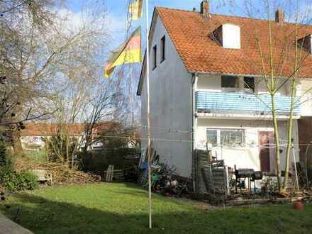 Endlich ein eigenes Haus mit tollem Garten!