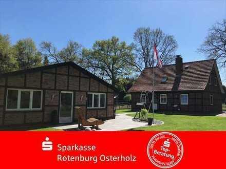 Modernes Leben in Langenhausen - Einfamilienhaus mit kleiner Pferdeweide und Swimmingpool