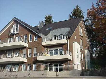 Moderne und helle 3-Zimmer-Erdgeschosswohnung in Siegburg mit Garten