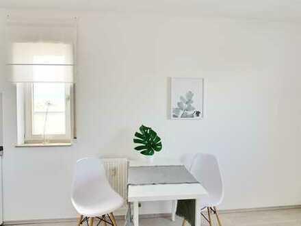 Gepflegte 1-Zimmer-DG-Wohnung mit Balkon und Einbauküche in Mannheim