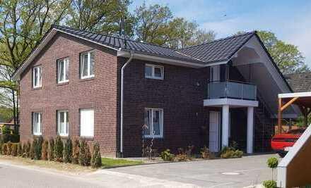 Neuwertige 4-Zimmer-Wohnung mit Balkon und Einbauküche in Rotenburg