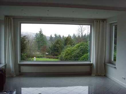 Bestlage! Herrlich ausgestattete, moderne Einfamilienvilla in Königstein
