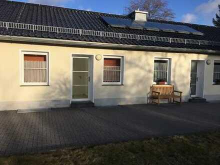 Helle 2-Zi. Wohnung in traumhafter Lage in Rodert