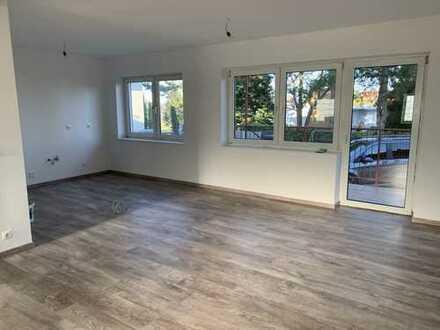 Erstbezug nach Sanierung mit Balkon: attraktive 3-Zimmer-EG-Wohnung in Gommersheim