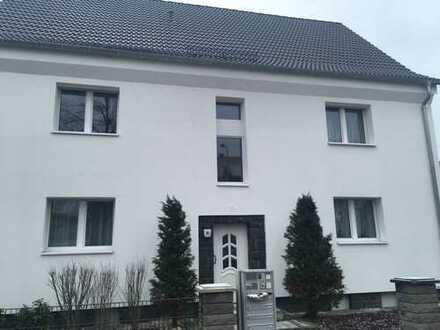Traumhafte Dachgeschoßwohnung in Hanau ***