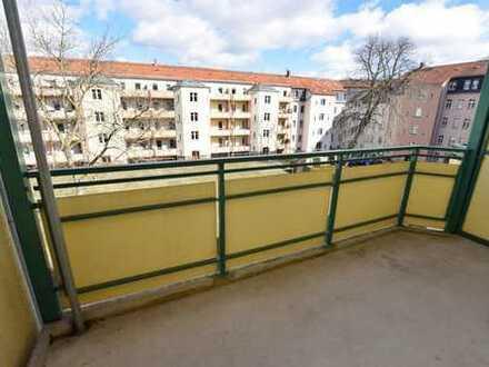 *** Attraktives Angebot - Familienwohnung mit großem Balkon ***