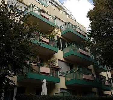Ehrenfeld, Wohnpark Melaten Appartement mit Südterrasse, Pantryküche einschl. TG-Stellplatz