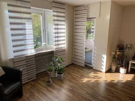 Renovierte 4-Zimmer-Wohnung mit Balkon