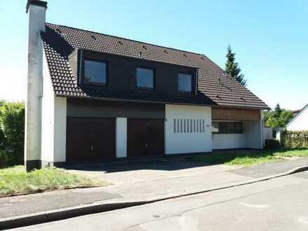 Freistehendes Einfamilienhaus mit Einliegerwohnung in sehr guter Wohnlage in Sackgassenendlage