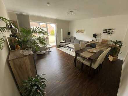 Optimal geschnittene 3-Zimmer-Wohnung mit Parkett, hochwertiger EBK und West-Balkon