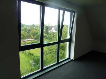 Gepflegte 3-Zimmer-Maisonette-Wohnung mit Balkon und Einbauküche in Lohbrügge, Hamburg