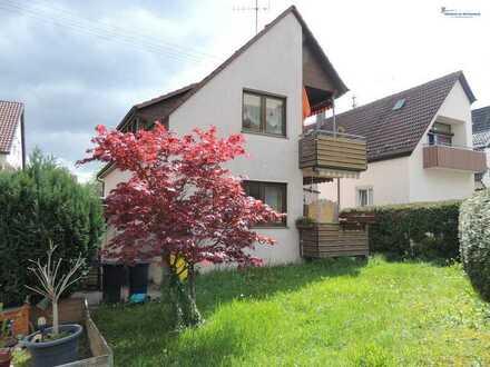 Zu Fuß in das Örtchen oder in die Weinberge...mitten in Fellbach liegt das gepflegte 2 FH...