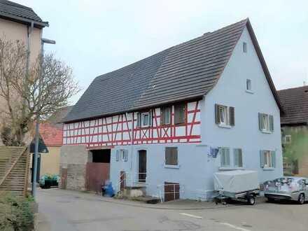 Haus mit Scheune mit viel Potential