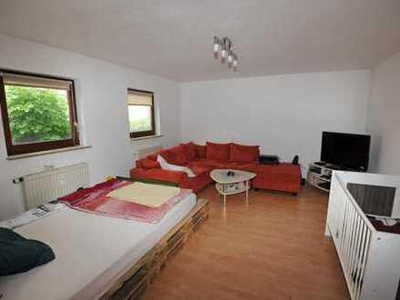 Schöne 1,5-Zimmer-Wohnung mit Terrasse