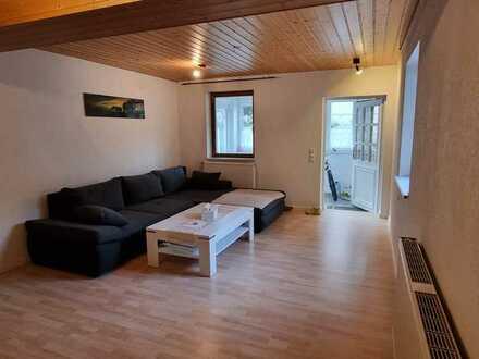 2 Zi. EG-Wohnung, Vollständi renoviert mit neuer EBK in Hechingen