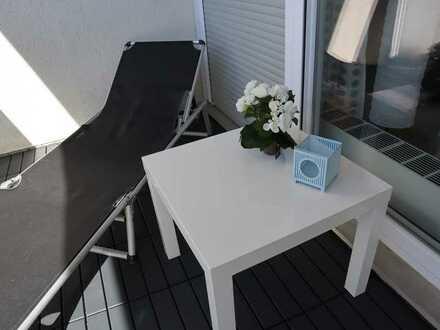 Erstbezug nach Sanierung: exklusive möblierte 3-Zimmer- WG -Wohnung mit EBK und Balkon in Karlsruhe