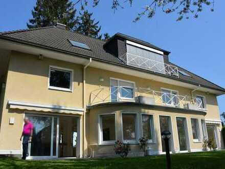 """Villa """"Am Stadtwald"""" mit Einliegerwohnung/Büro"""