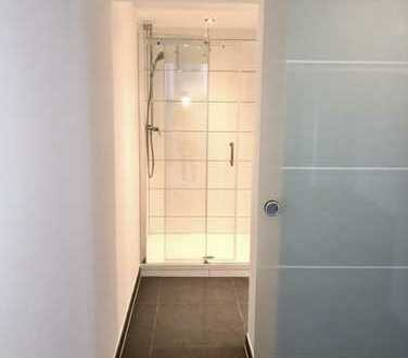 Stilvolle, sanierte 3,5-Zimmer-Loft-Wohnung mit Terrasse und neue Miele-EBK in Waiblingen