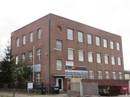 ***Produktions- /Industriehalle *** 700m² in Marienfelde