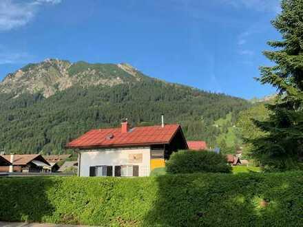 Einfamilienhaus mit großem Garten direkt in Oberstdorf