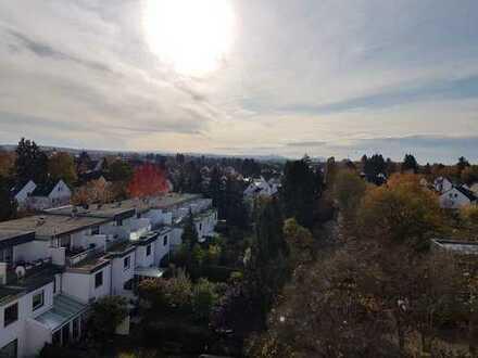 Vier bis fünf Zimmer Penthouse Wohnung in Darmstadt- Arheilgen