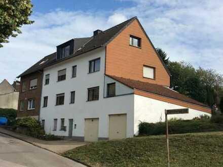 Würselen/Aachen Haaren, Ravelsberg: helle, ruhige Dreizimmerwohnung mit Gartenanteil