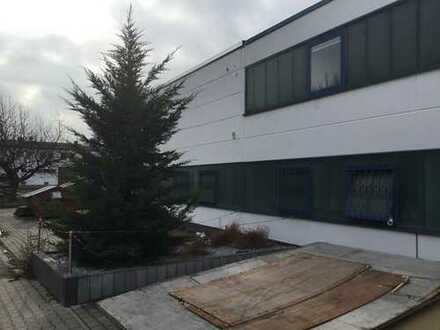 Hallen und Bürokomplex in Groß-Umstadt