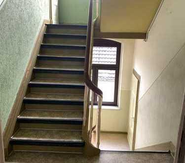 ORTS *** 3-Zimmer-Wohnung im 1. OG eines Mehrfamilienhauses in Hattingen Welper ***