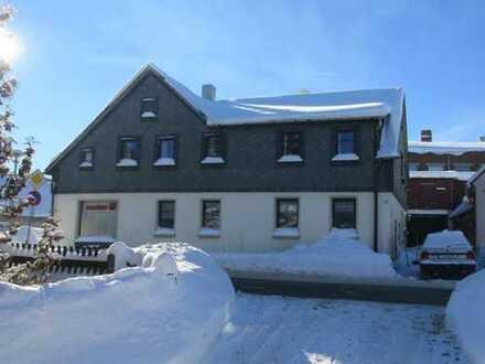 Teilweise saniertes Wohnhaus zur kreativen Nutzung als Generationshaus oder Ferienwohnungen