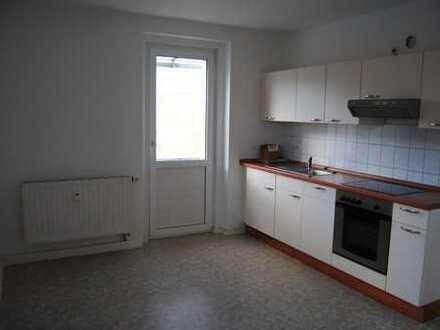 helles Appartement mit Einbauküche, Balkon, Wanne in Haselbrunn