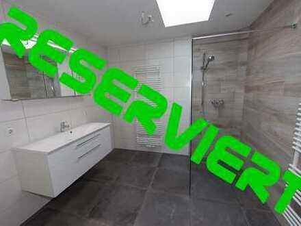 Größzügige 4-Zimmer Mietwohnung, komplett saniert, hochwertig Ausgestattet!!