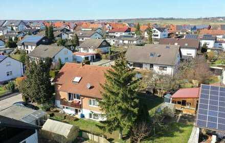 Keine Käuferprovision! Wohnhaus mit 3 Wohnungen – 2 x Balkone – 1 x Terrasse – 1 x Loggia –251m² WFl