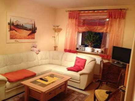 Zentrumnahes, am Park gelegenes, saniertes 1-Zimmer Appartement mit EBK in Fürth
