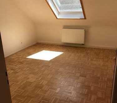 570 €, 50 m², 2 Zimmer
