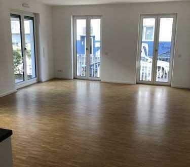 Tolle 2 Zimmer - Wohnung mit Terrasse & Garten, Parkett & EBK