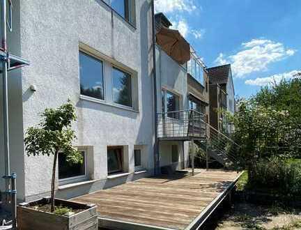 Großzügige Zentrale 3-Zimmer-Wohnung mit Garten in Köln Dellbrück