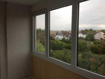 Gepflegte 2-Zimmer-Wohnung mit Balkon und Einbauküche in Karben:Okarben