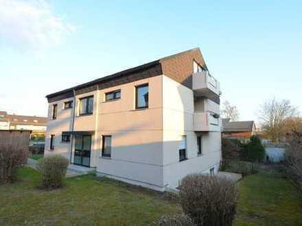 4-Familienhaus in Regensburg, 1 Wg.96m² frei Nähe Uniklinikum Rendite 3,88%