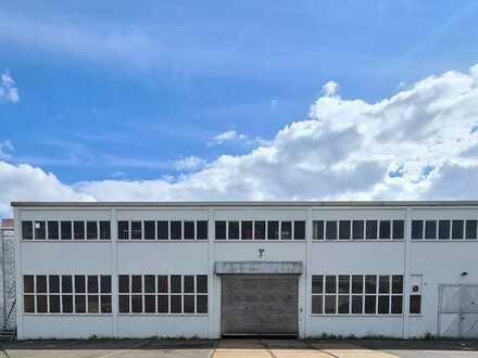 Produktions-, Lagerhalle, ca. 3.600 m², Kranbahn, 5 Tore, PROVISIONSFREI in 56462 Höhn zu vermieten