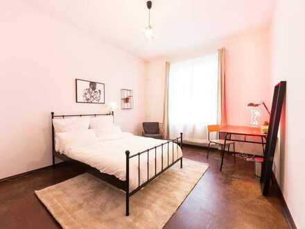 Möbliertes Zimmer in angenehmer 2-Personen WG in Friedrichshain